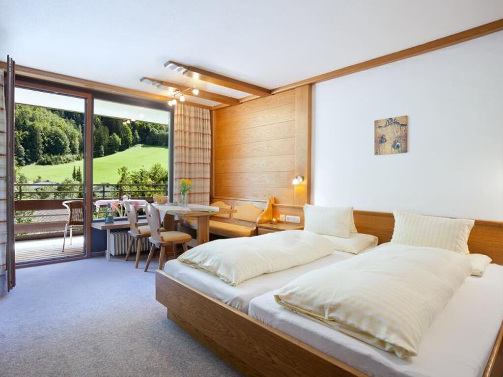Ferienwohnungen und preise appartement haus zalim for Urlaub familienzimmer